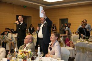 Esküvőszervező, Esküvővezetés, ceremóniamester budapest, ceremóniamester árak, vőfély budapest, kétnyelvű esküvő, angol-magyar ceremóniamester, angol-magyar műsorvezetés, esküvői játékok, esküvői dj